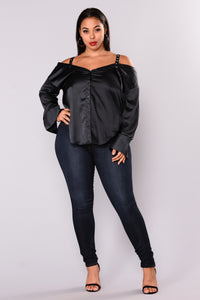 Yesenia Satin Top - Navy