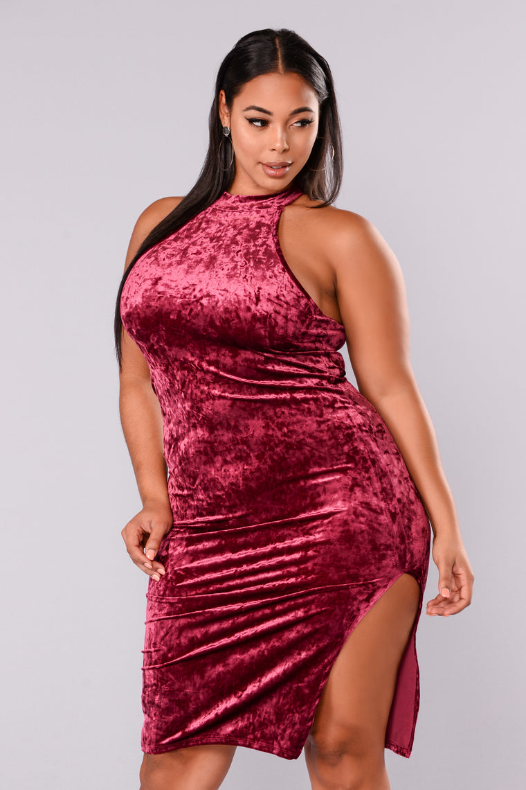 Perfect Surprise Velvet Dress - Wine