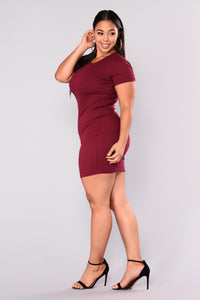 Natasha Ribbed Mini Dress - Burgundy
