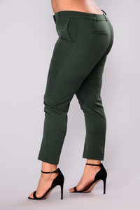 Cassey Pleated Pants - Hunter Green