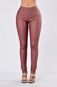 Unchained Pants - Burgundy