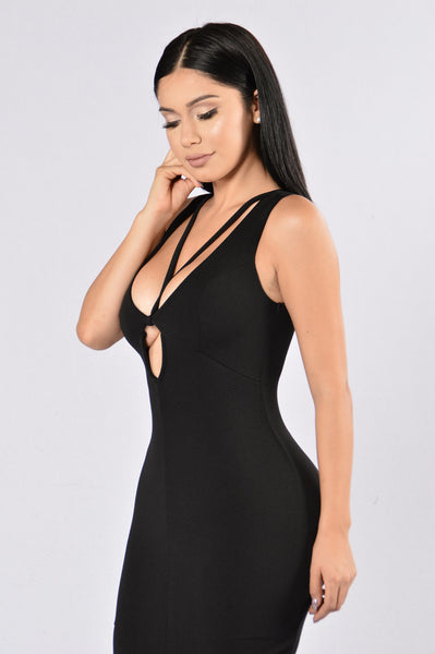 Lose My Breath Dress - Black