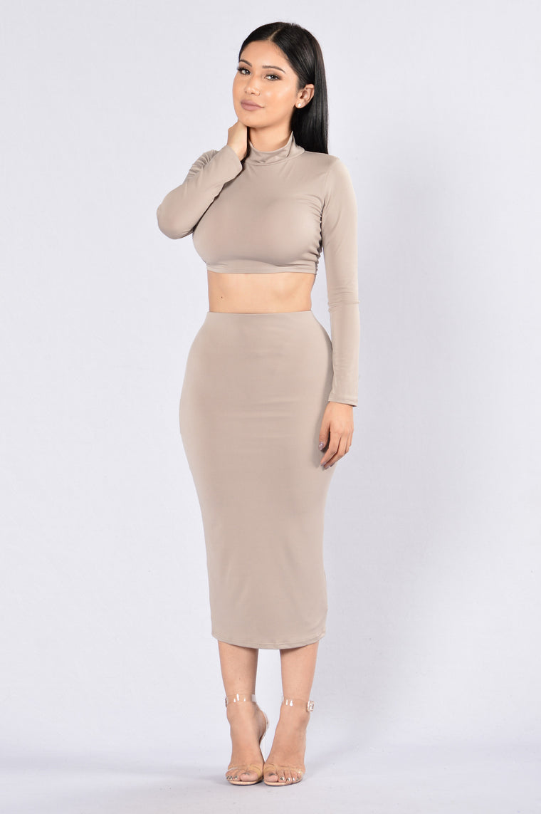Rock My Body Skirt - Taupe