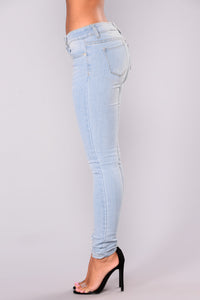Ikaia Skinny Jeans - Light Blue Wash