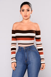 Do I Ever Off Shoulder Top - Brown Multi