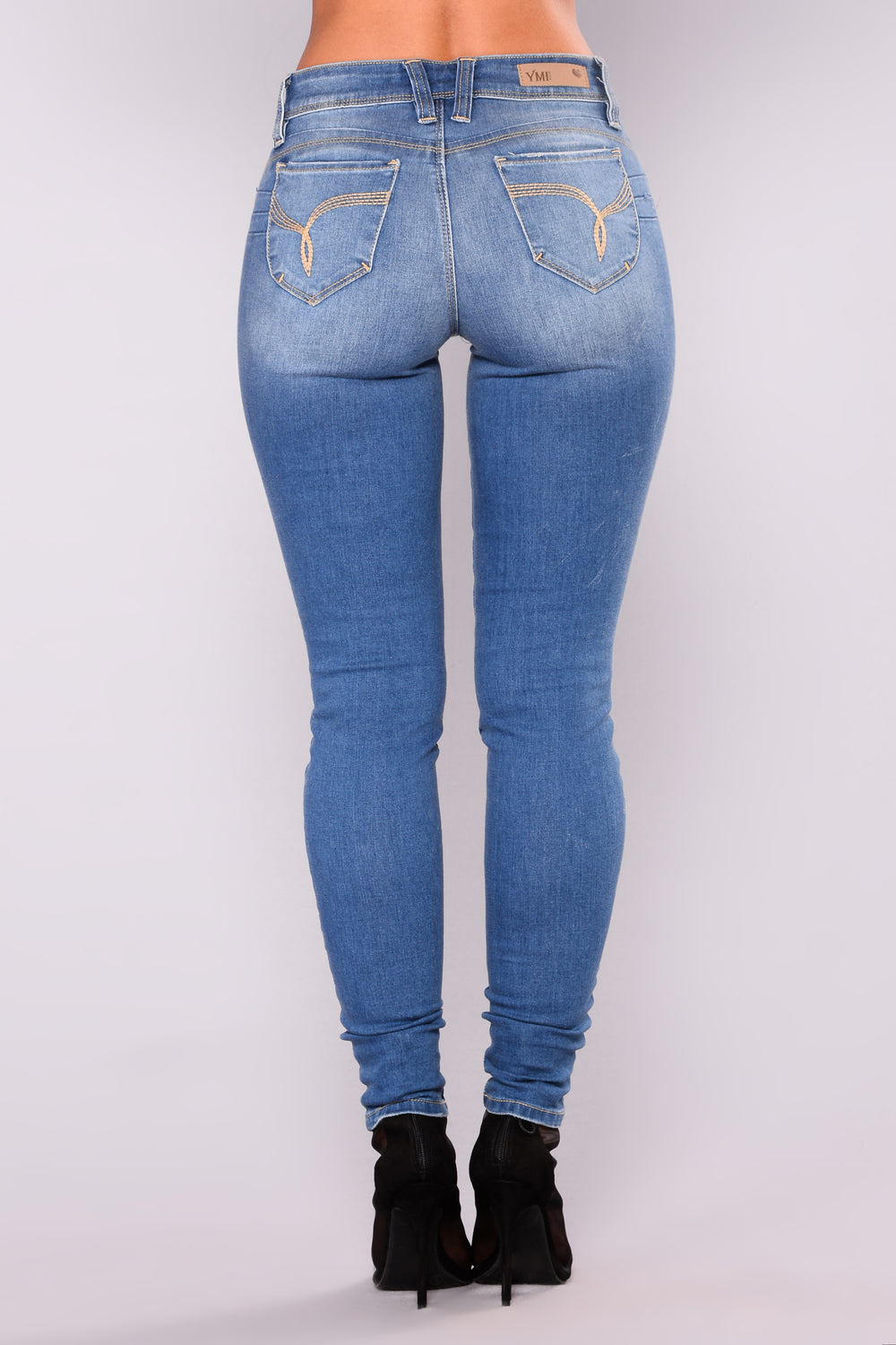 Dip With It Booty Lifting Jeans - Medium Blue Wash