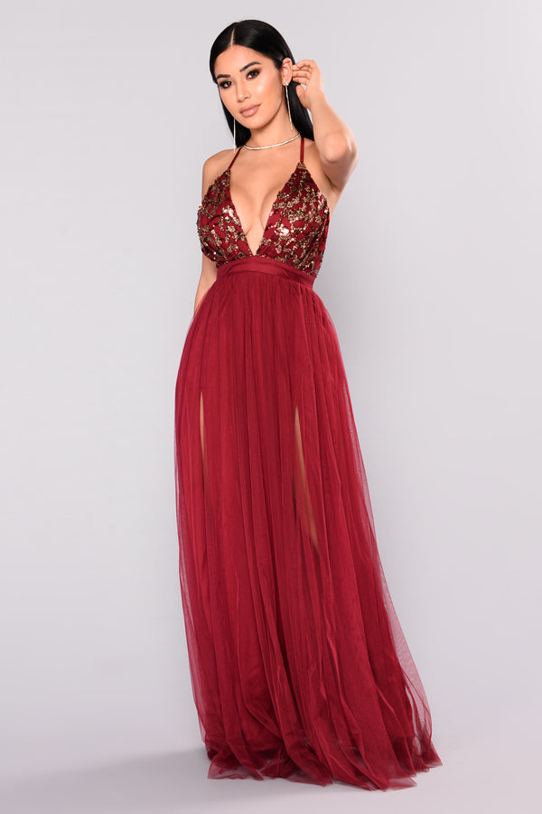 6a97f0584b1 Twinkle In Your Eyes Maxi Dress - Burgundy