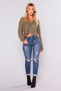 Can't Blame Me Crop Jeans - Medium Blue Wash