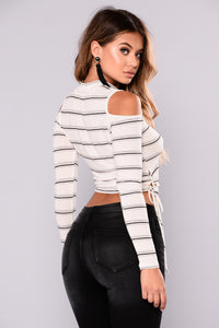 Dont Cross Me Top - Ivory/Black