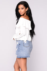 Ramona Off The Shoulder Top - Off White