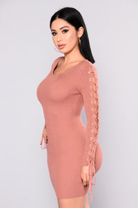 Layne Lace Up Dress - Mauve