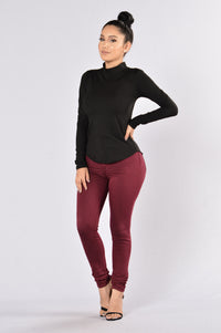 Pull Apart Top - Black Angle 4
