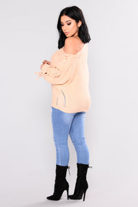 Cross Town Sweater - Taupe