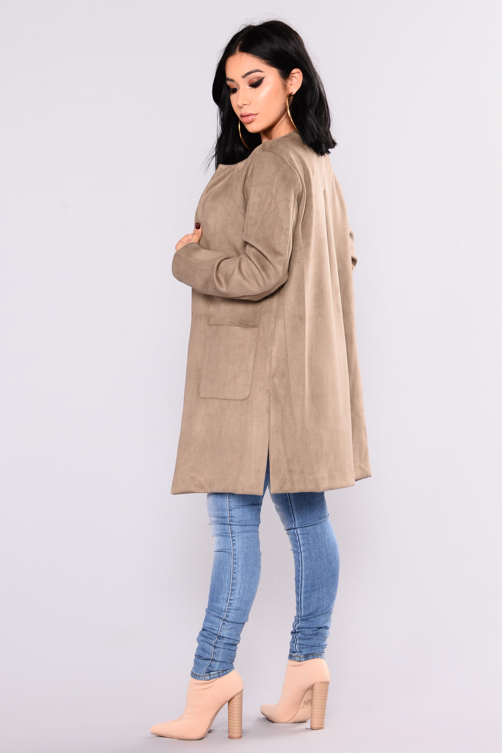 Lucca Collarless Suede Jacket - Olive