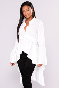 Briana Hilo Top - White Angle 4