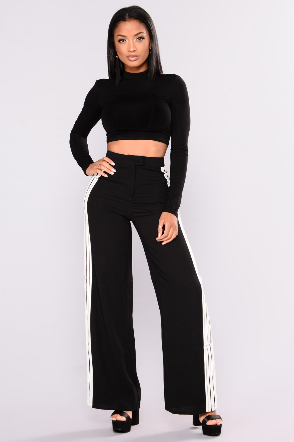 On The Rise Top - Black