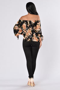 Flowers In My Heart Top - Black Floral