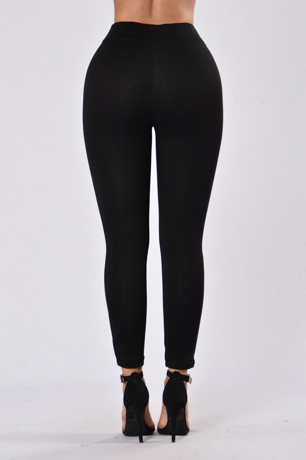 Semi Charmed Leggings - Black