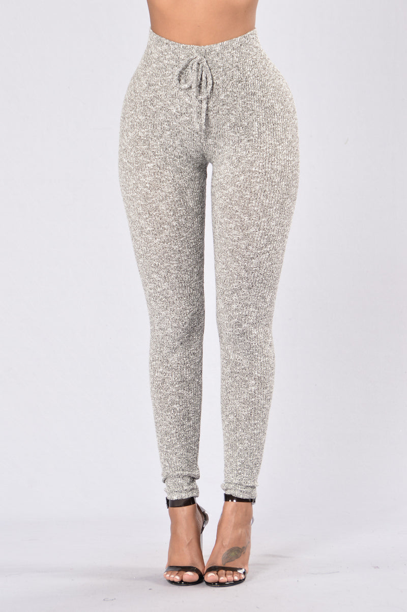 Grey comfortable women's leggings for casual or yoga