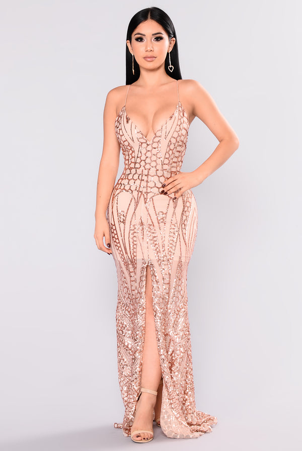 3647797c92 All Over The World Sequin Dress - Rose Gold