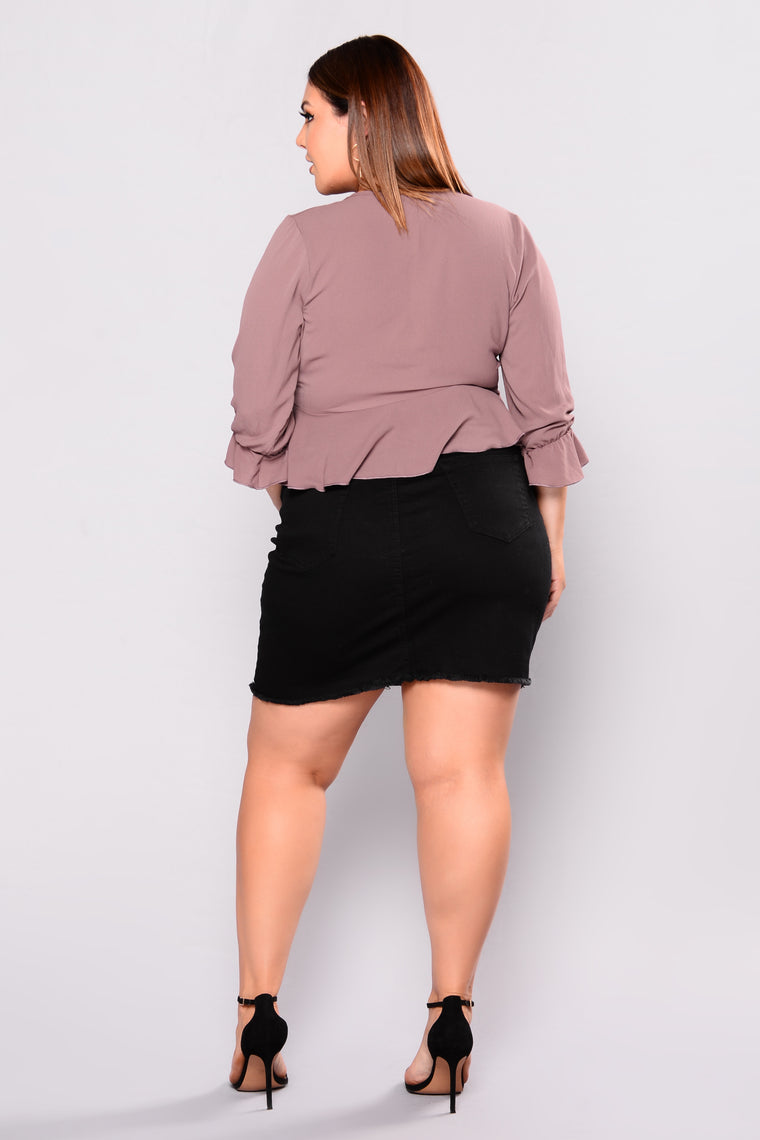 Sweet Poison Ruffle Top - Mauve