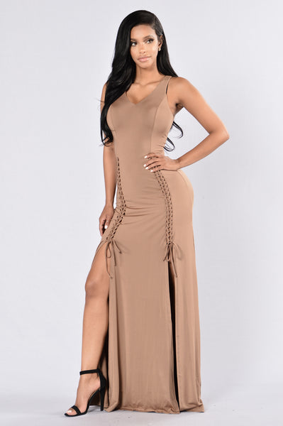 Melt For You Dress- Mocha