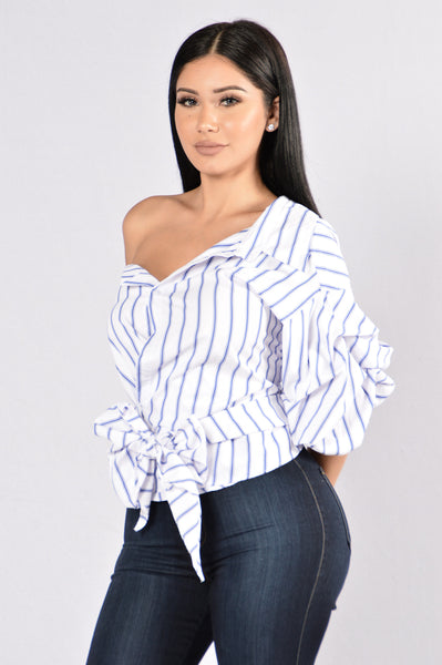 Unforgiven Top- White/Dark Blue