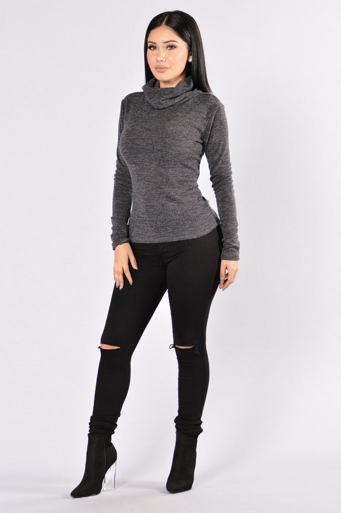 Win the Race Sweater - Charcoal