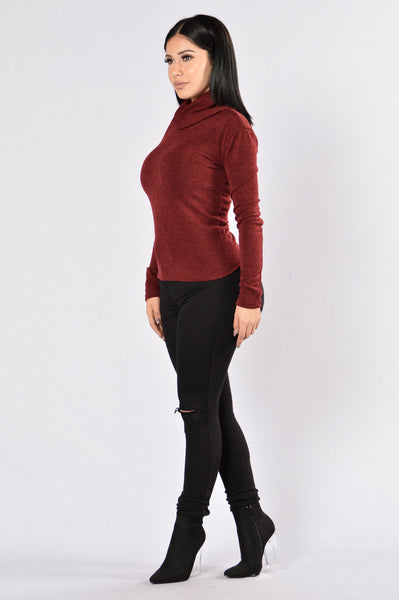 Win the Race Sweater- Burgundy