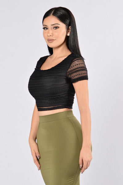 Play Fair Crop Top - Black