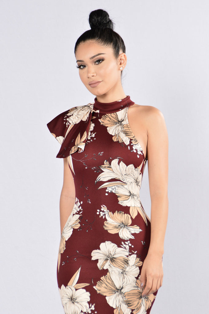 Love Spreads Dress - Burgundy