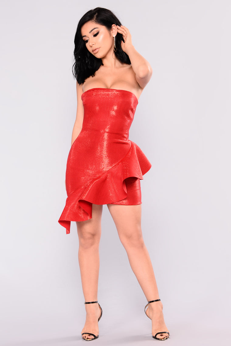Oh La La Tube Ruffle Dress - Red