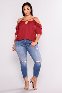 After Glow Ruffle Top - Burgundy