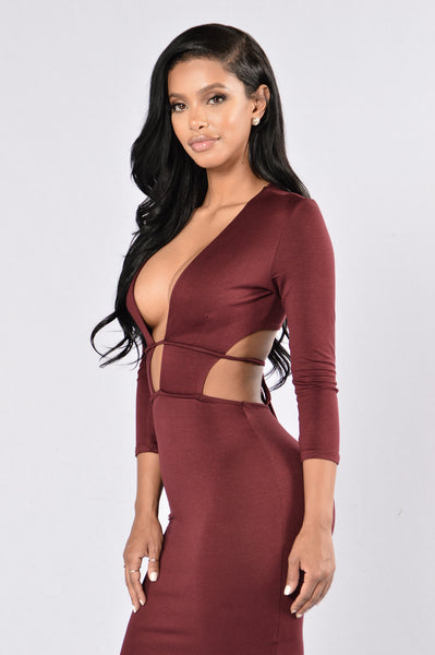 Retention Dress - Burgundy