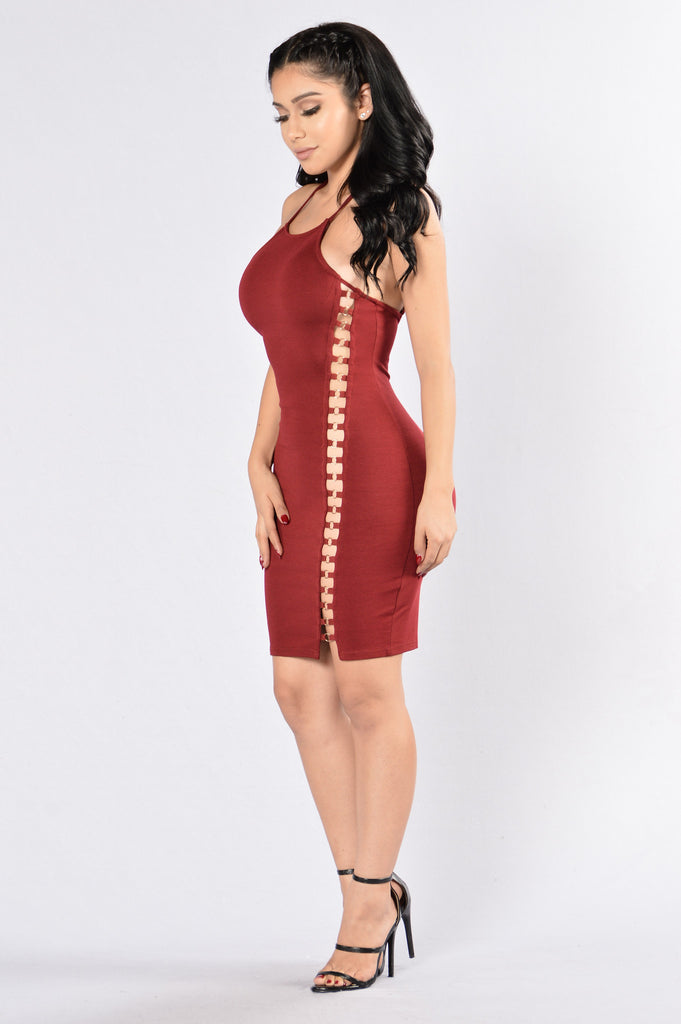 Hey There Dress - Burgundy