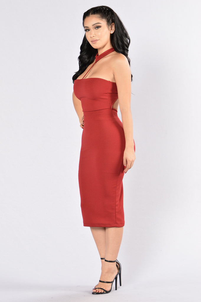 Holding On Dress - Burgundy