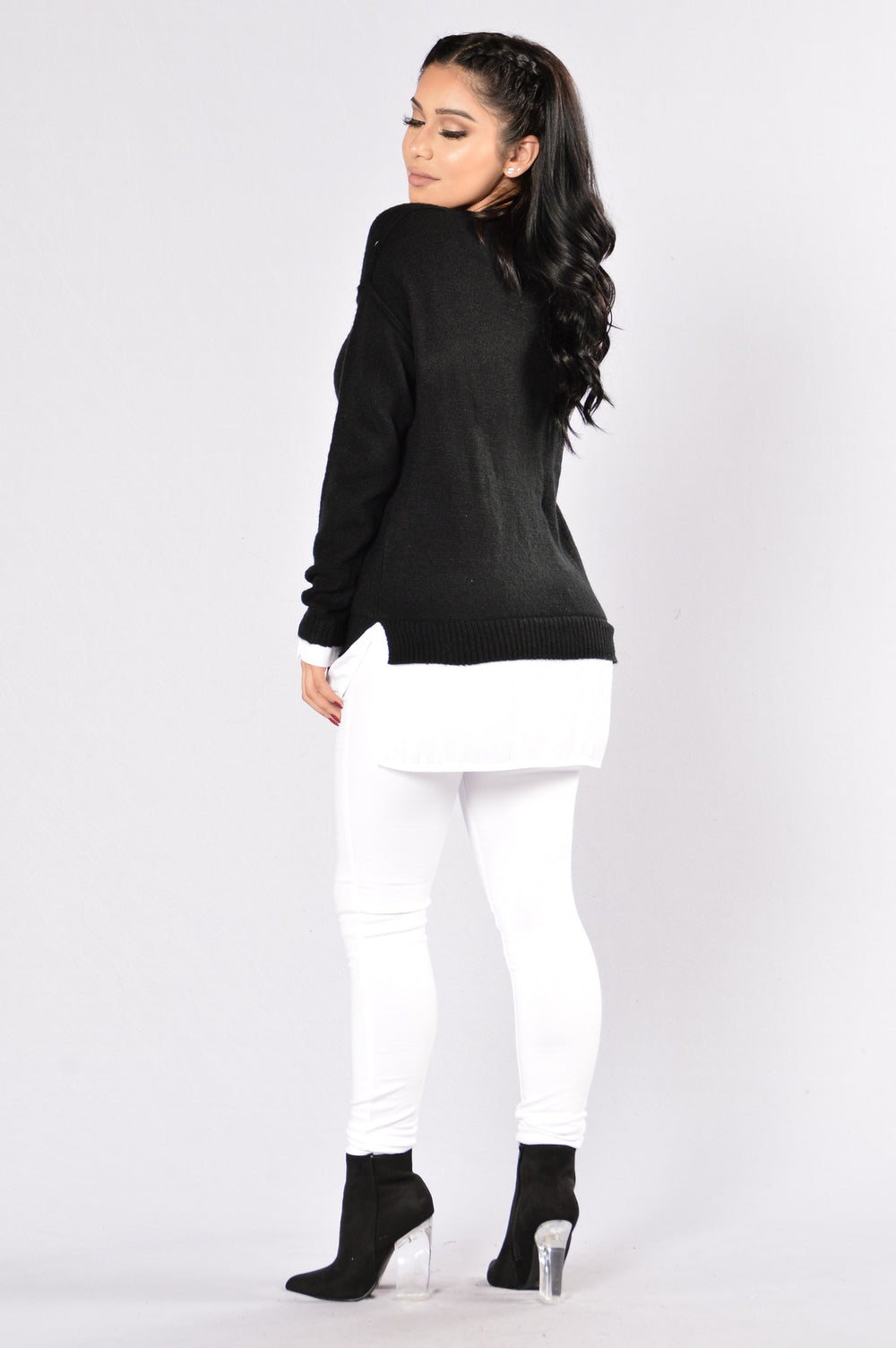 Still Here Sweater - Black/White