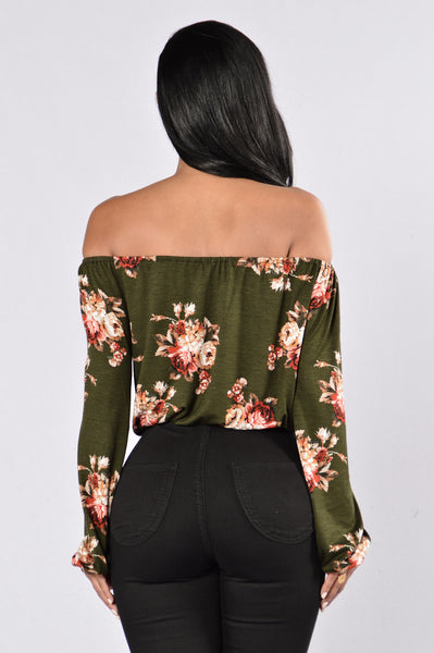 Rosy Love Top - Olive