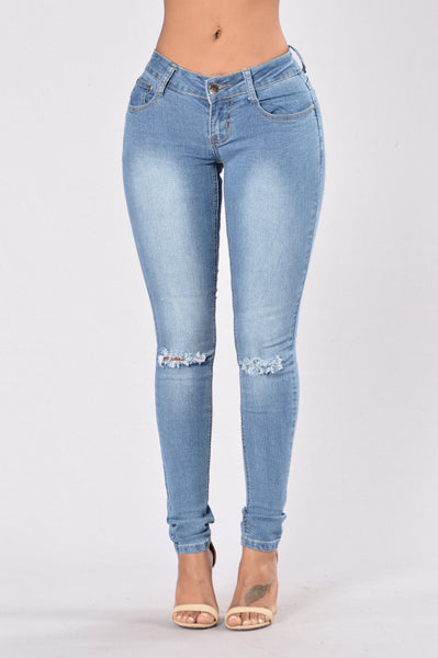 I Knees It Jeans - Medium Wash