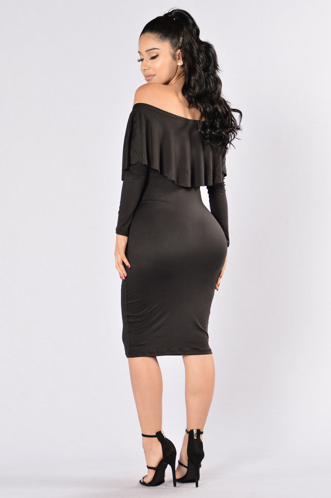 Still On It Dress - Black