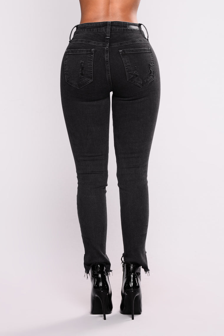 Can't Replace Me Ankle Jeans - Black