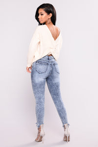 Totally Into It Ankle Jeans - Medium