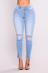 Regret In Your Tears Skinny Jeans - Light Blue Wash