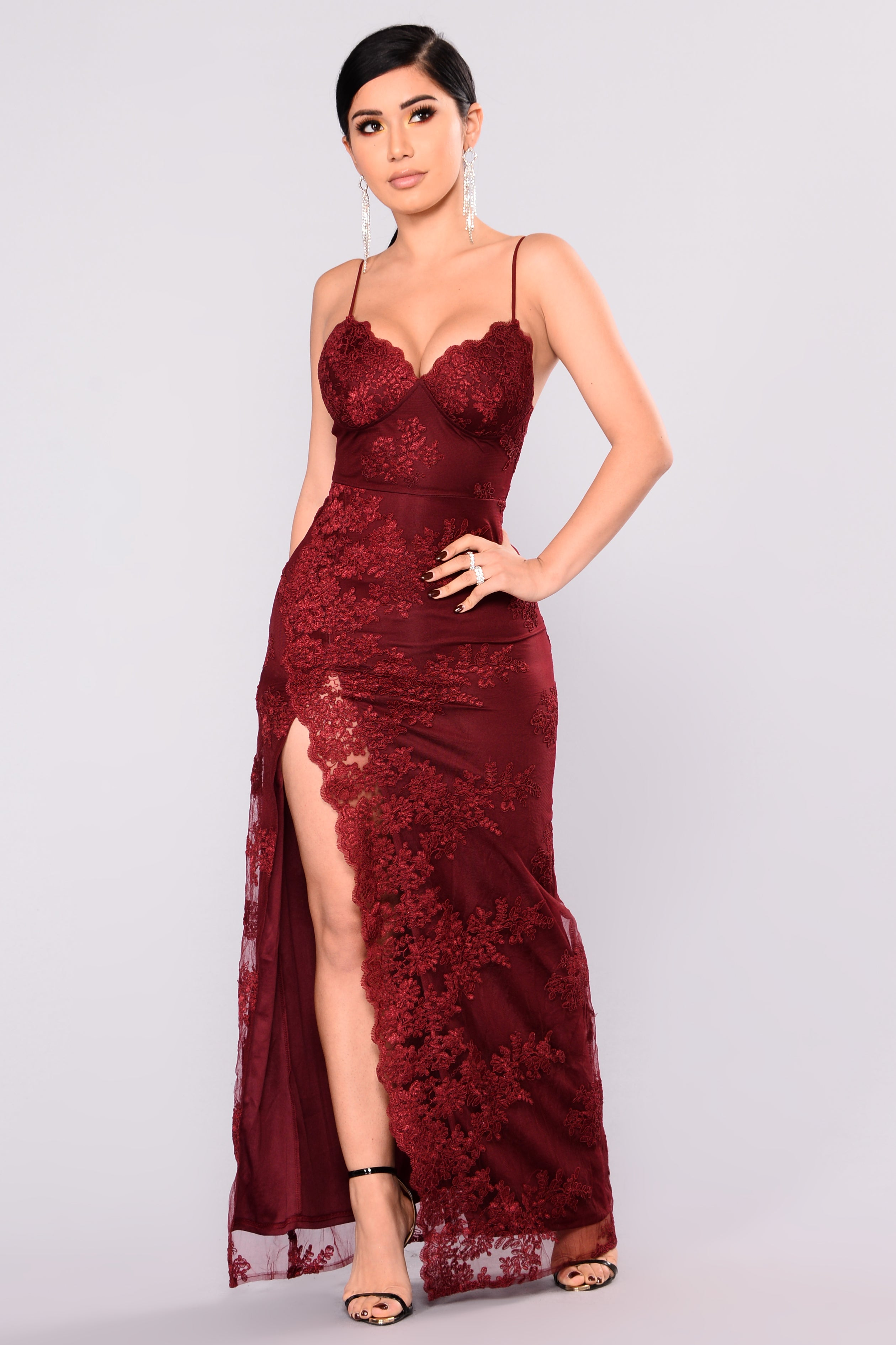 A Night In Tokyo Lace Dress Burgundy