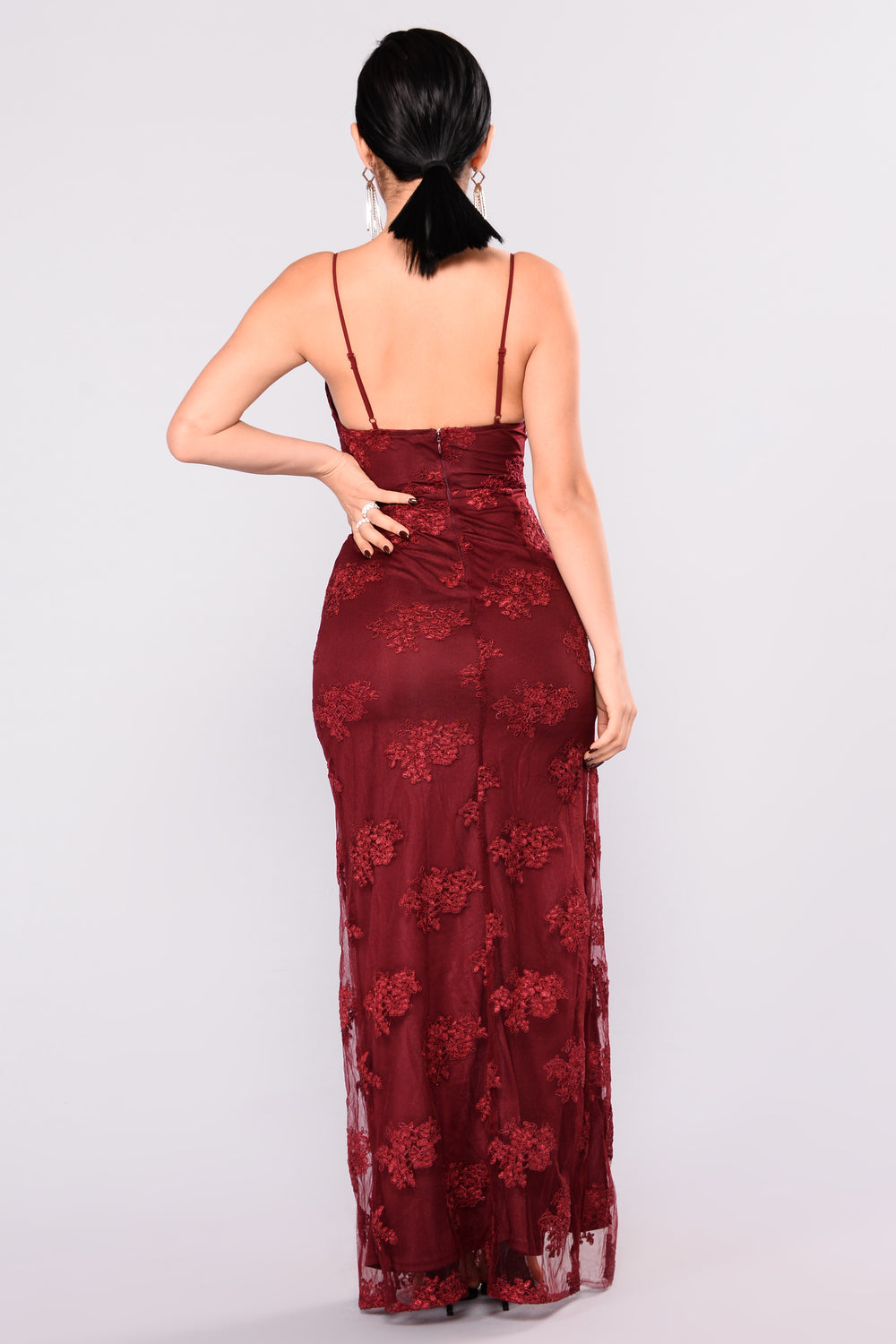 A Night In Tokyo Lace Dress - Burgundy