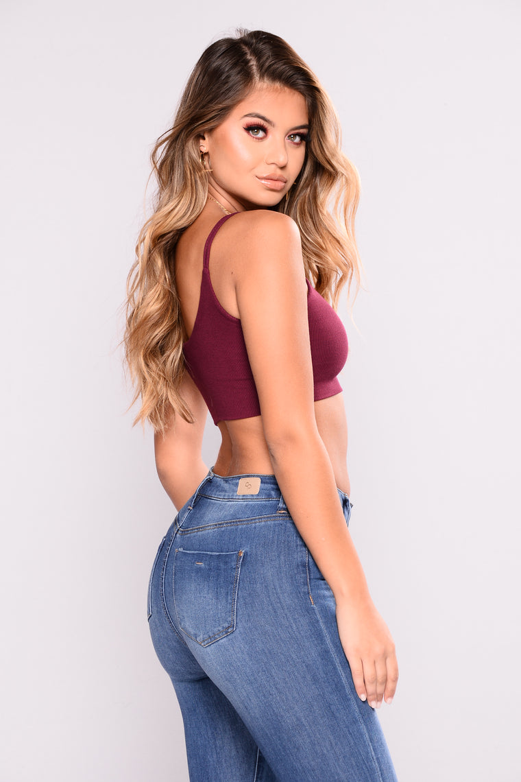 Good Gossip Crop Tank - Burgundy