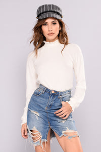 Pam Knit Top - Ivory