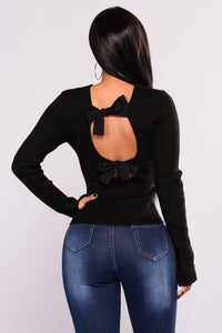Cutting Edge Bow Tie Back Sweater - Black