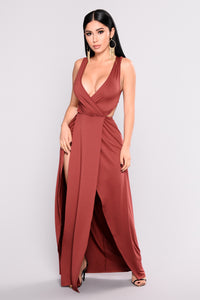 Yaritza Slit Dress - Burgundy