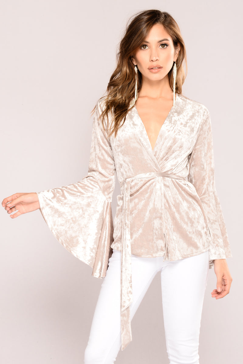 Sweetest Love Velvet Cardigan - Silver